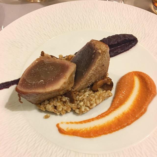 Plat du jour au restaurant La Bartavelle : pavé de thon de Méditerranée snacké à la plancha